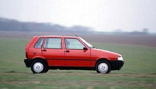 Una Fiat Uno del 1992.