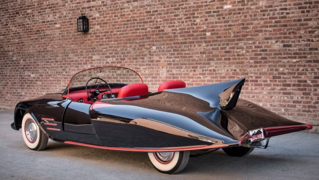 Il retro della Batmobile.