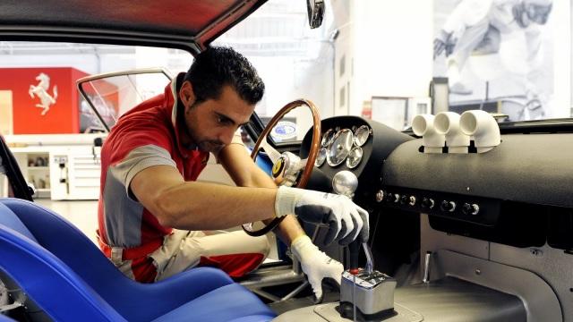 Ferrari 250 GTO. Il restauro degli interni.