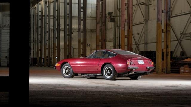 Ferrari 365 Daytona. Sinn ha deciso di vendela a chi potrà godersela.