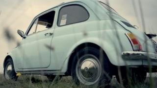 Fiat 500. L'auto che ha soddisfatto i desideri di libertà degli italiani.