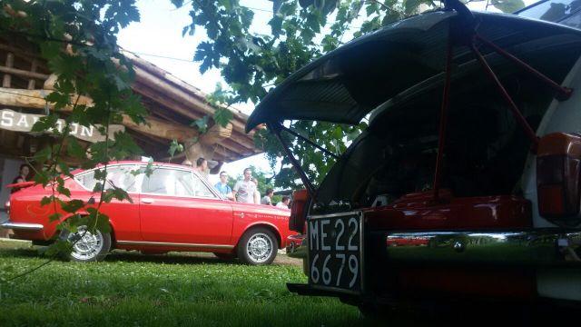 Raduno Abarth 2015. Le auto nella fattoria di Bruno.