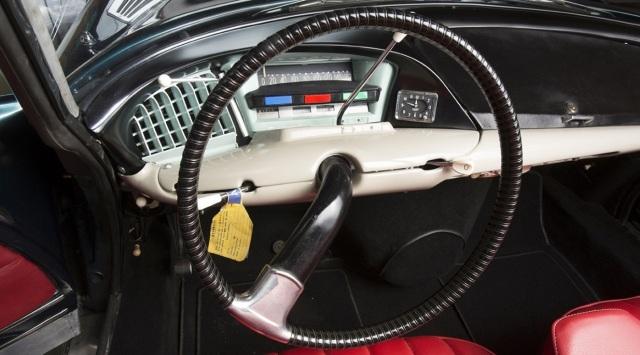 Citroen DS Cabriolet.