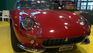Una Ferrari 275 GTB ad Auto e Moto d'Epoca.