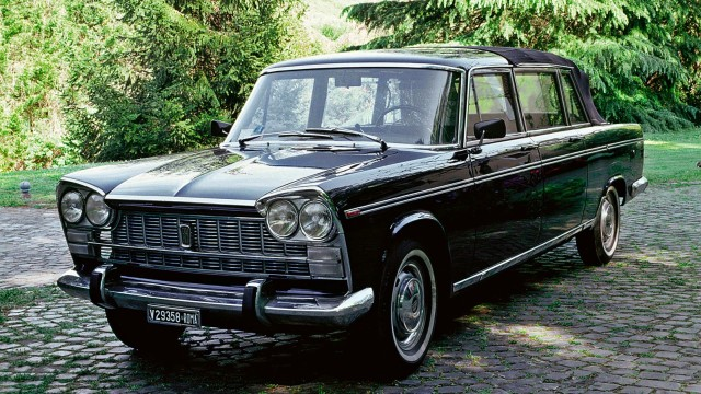 Una Fiat 2300 Presidenziale.