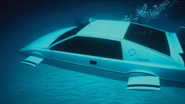 La Lotus Esprit sommergibile di James Bond.