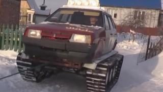 Lada diventa un carro armato.