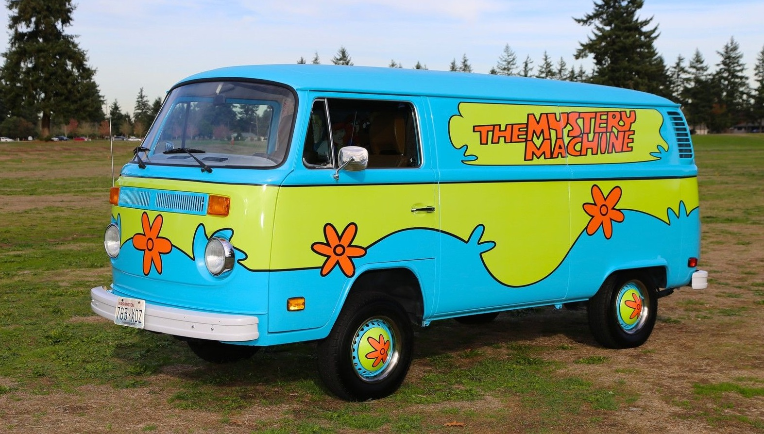 Il furgone volkswagen di scooby doo quartamarcia