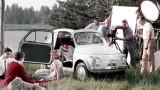 Una vecchia Fiat 500.