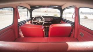Gli interni del Maggiolino Volkswagen usato.