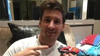 Lionel Messi con la Ferrari.