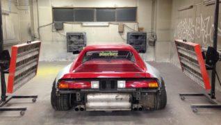 Il retro della Ferrari 348.