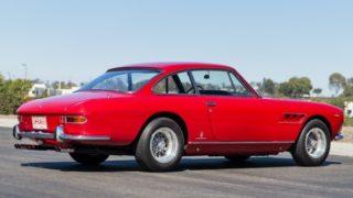 Ferrari 330 GT 2+2.