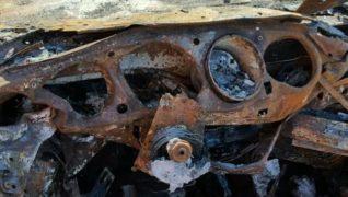 La Porsche 911 bruciata.