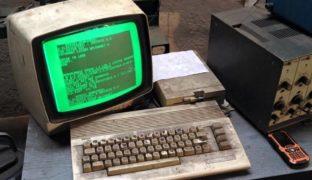 Un'officina in Polonia utilizza un vecchio computer Commodore 64 da 25 anni consecutivi.