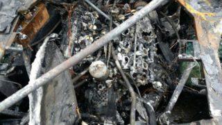 Il motore della Ferrari F40 è andato completamente bruciato.