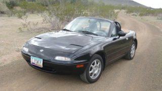La Mazda MX-5 in vendita con motore elettrico.