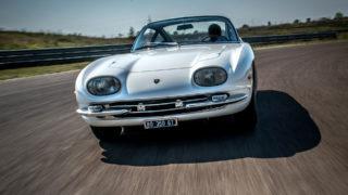 La Lamborghini 350 GT restaurata ha corso 80 chilometri all'autodromo di Modena.