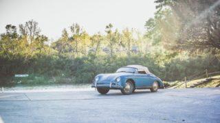Questa Porsche 356 è un barn find, cioè è stata dimenticata per anni e poi ritrovata in un granaio.