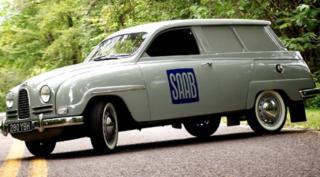 Una rara Saab 95, una delle tre con guida a destra.