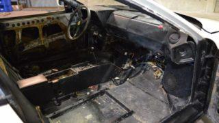 La Ferrari Testarossa è stata smontata.