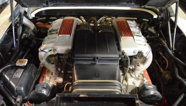 La Ferrari Testarossa ha un motore da 12 cilindri.