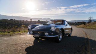 Una Ferrari 400 Superamerica in vendita.