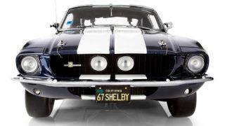 Il modellino della Shelby Mustang venduto in edicola a fascicoli da De Agostini.