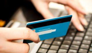 Comprare auto d'epoca su internet porta il rischio di truffe online.
