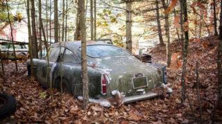 La fortuna di trovare una auto d'epoca abbandonata e pagare un prezzo basso. Però il restauro sarà molto costoso.