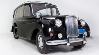 L'auto d'epoca di John Lennon, cantante dei Beatles.