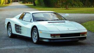 La Ferrari Testarossa di Miami Vice è stata messa in vendita all'asta negli Stati Uniti.