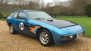 La Porsche 924 che è apparsa nella trasmissione Top Gear, guidata da Hammond.