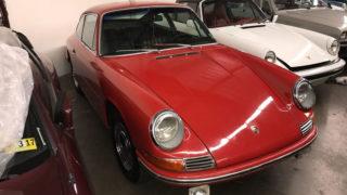 Una Porsche 911 del 1965 abbandonata per 27 anni.