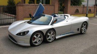 La Covini produce automobili a sei ruote.