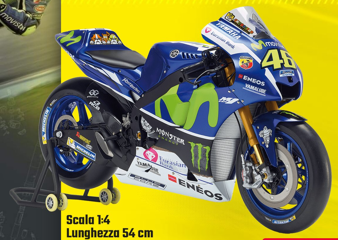 arriva in edicola la moto di valentino rossi quartamarcia. Black Bedroom Furniture Sets. Home Design Ideas