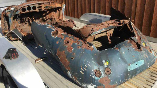 Porsche 356 a arrugginita in vendita in California