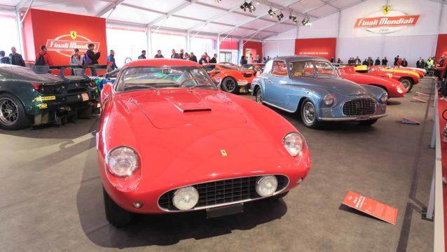 Ferrari 250 GT LWB.
