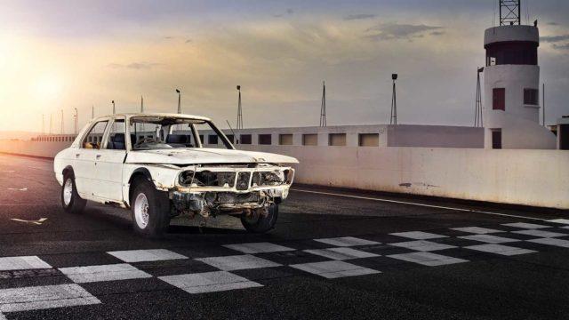 La BMW M5 più vecchia della storia sta per tornare
