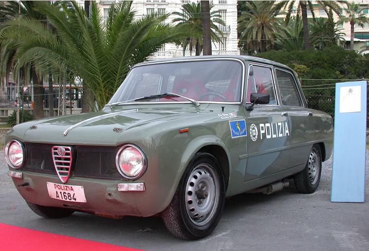 alfa-romeo-giulia-1300